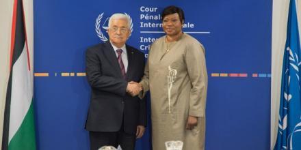 Photo of President of Palestine, H.E. Mr Mahmoud Abbas visiting the ICC Prosecutor, Mrs Fatou Bensouda
