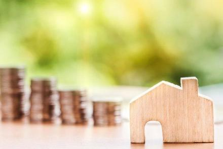 House and coins Image by Nattanan Kanchanaprat from Pixabay