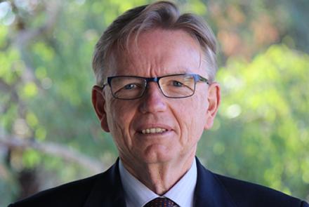 Image: Honorary Professor Howard Bamsey (RegNet)