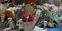 Tributes To the Manchester Bomb Victims by Russell  HarryLee Flickr under CC BY 2.0